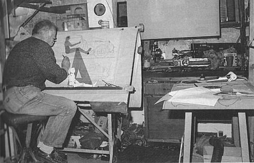 geoff_healey_at_drawing_board